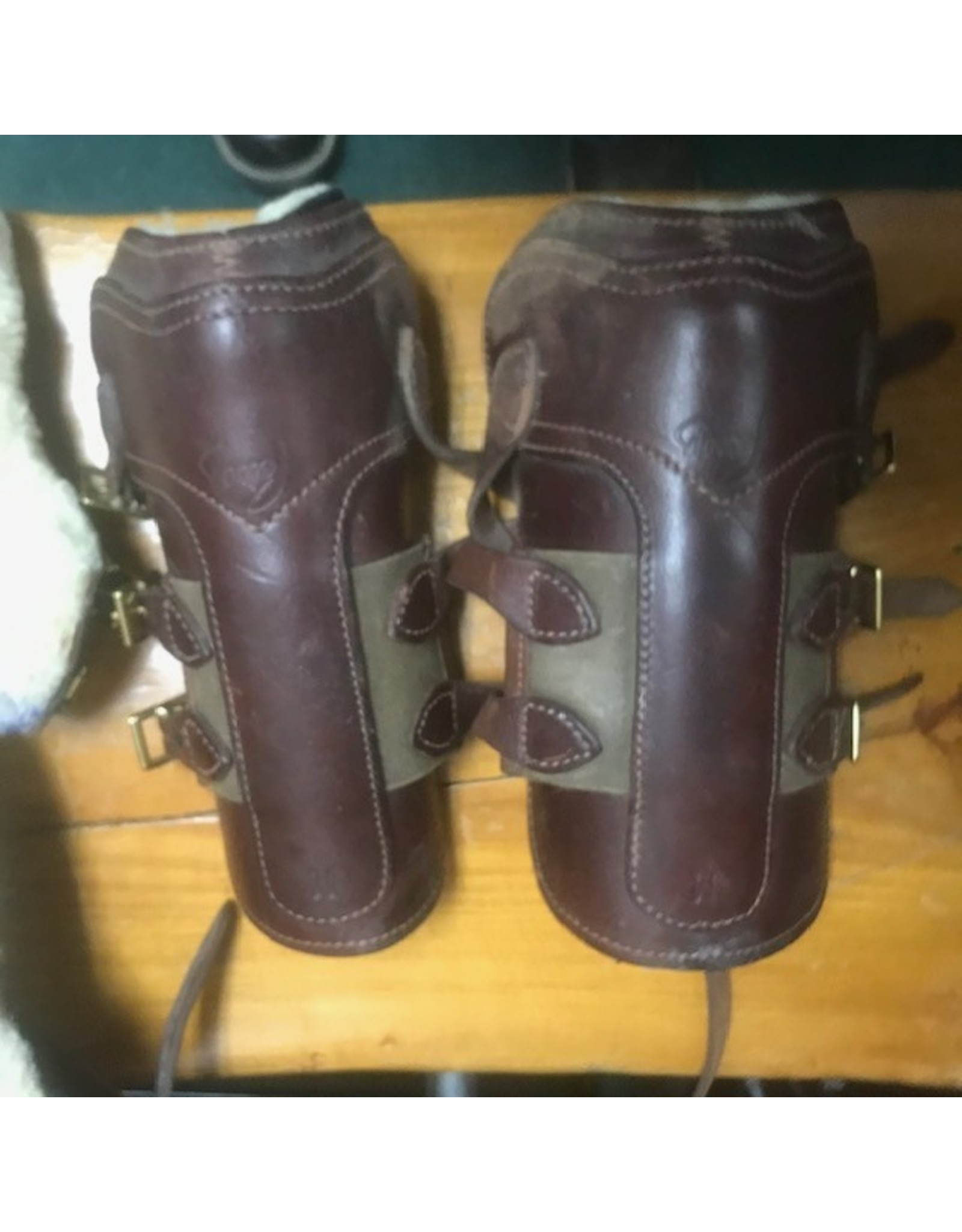 Pessoa Open Front 3 buckle boods and hinds