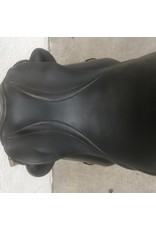 County Perfection Dressage Saddle w/cover