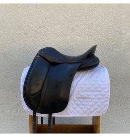"Schleese Elite Dressage Saddle 17"" #2 Adapta-Tree Set to Medium"