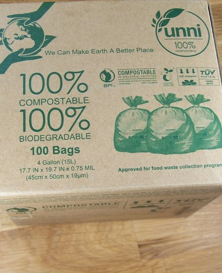 UNNI compostable trash bags 4 gal