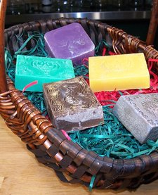 Gift Basket: Large Bath Bar