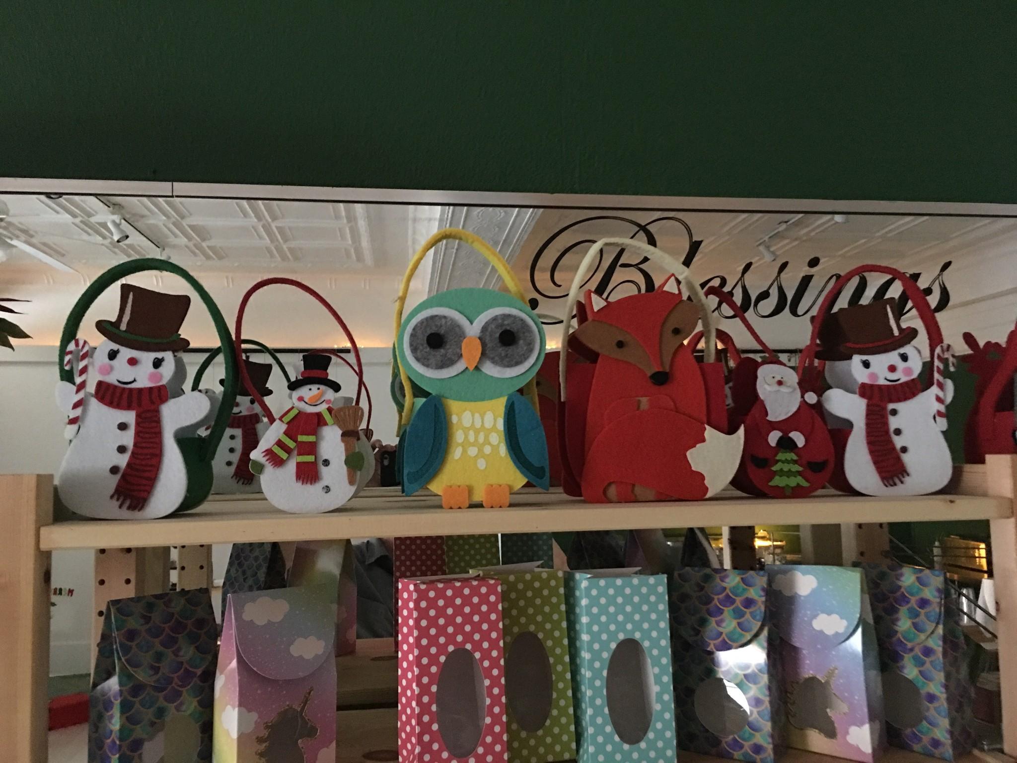 Gift Basket: (Felt) To Be Filled