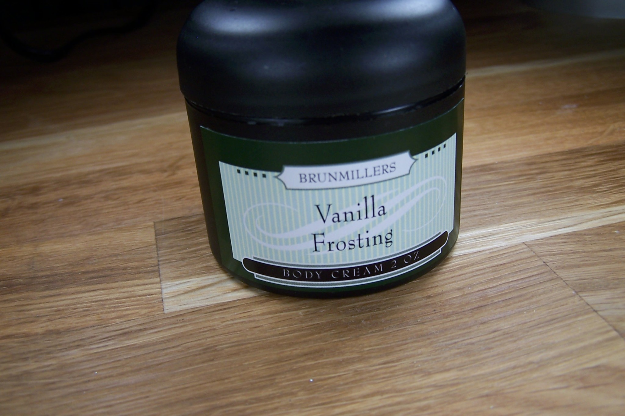 Cream 2 oz: Vanilla Frosting