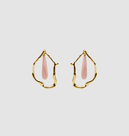 Gifts Lizzie Fortunato Formation Earrings - Gold-plated brass abstract earrings with pink conch shell teardrops