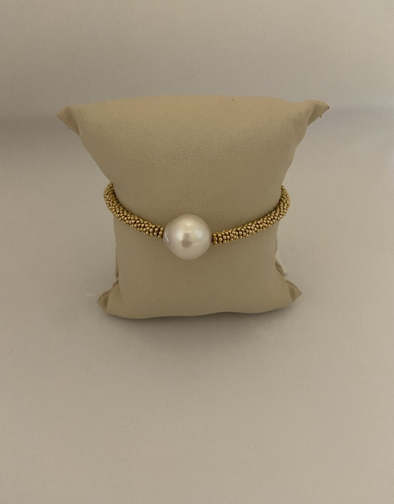 Wendy Perry Designs Maui South Sea Pearl Bracelet with Gold Vermeil Daisy Spacers