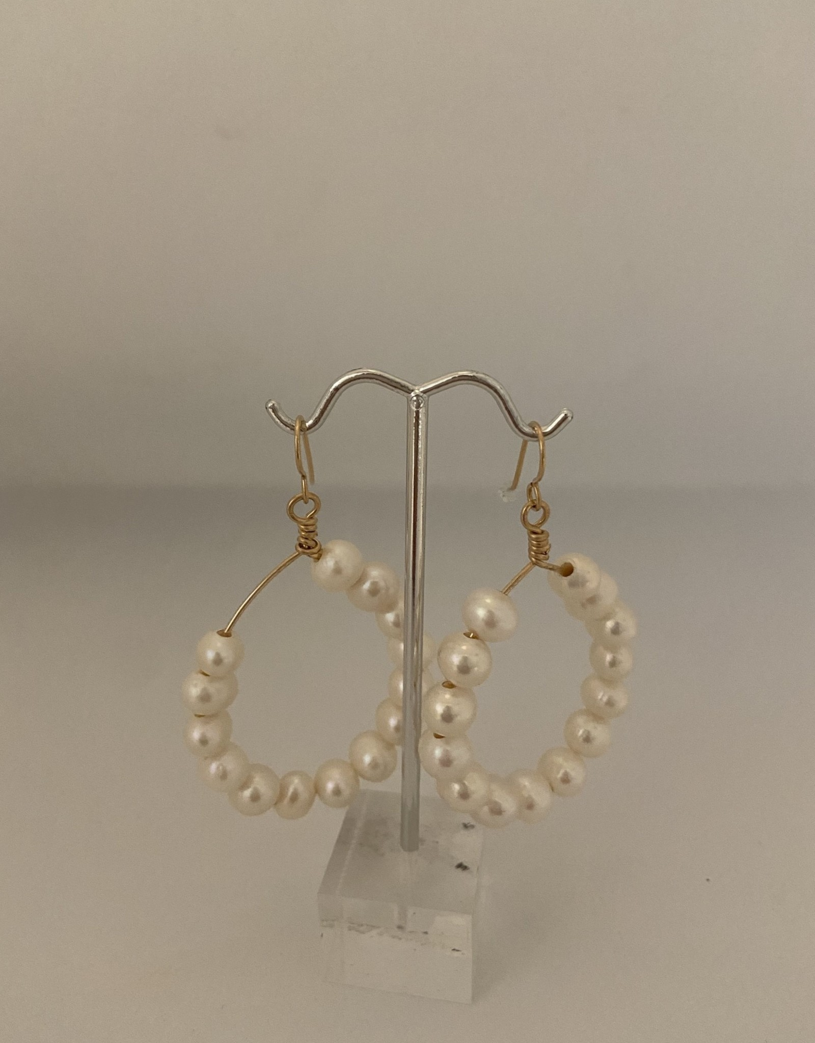 Wendy Perry Designs Cristina Pearl Hoop Earrings