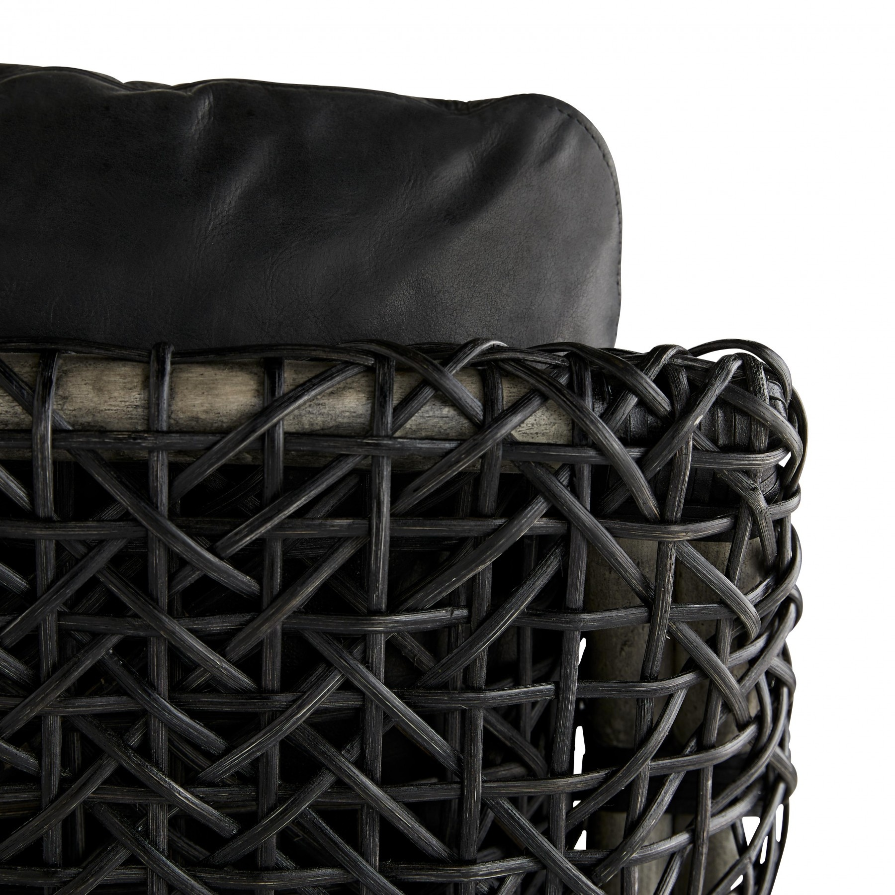 Tara Lounge Chair