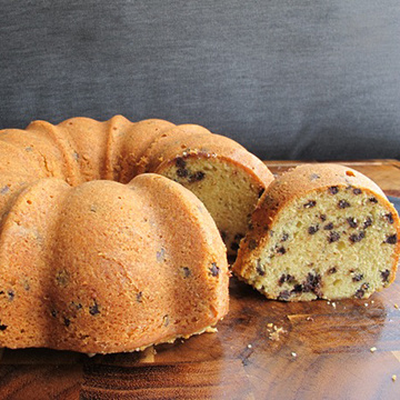 Pressure Cooker Pumpkin Chocolate Chip Bundt Cake