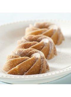 Nordic Ware Heritage Bundtlette Cakes