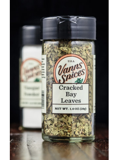 Vanns Spices Cracked Bay Leaves
