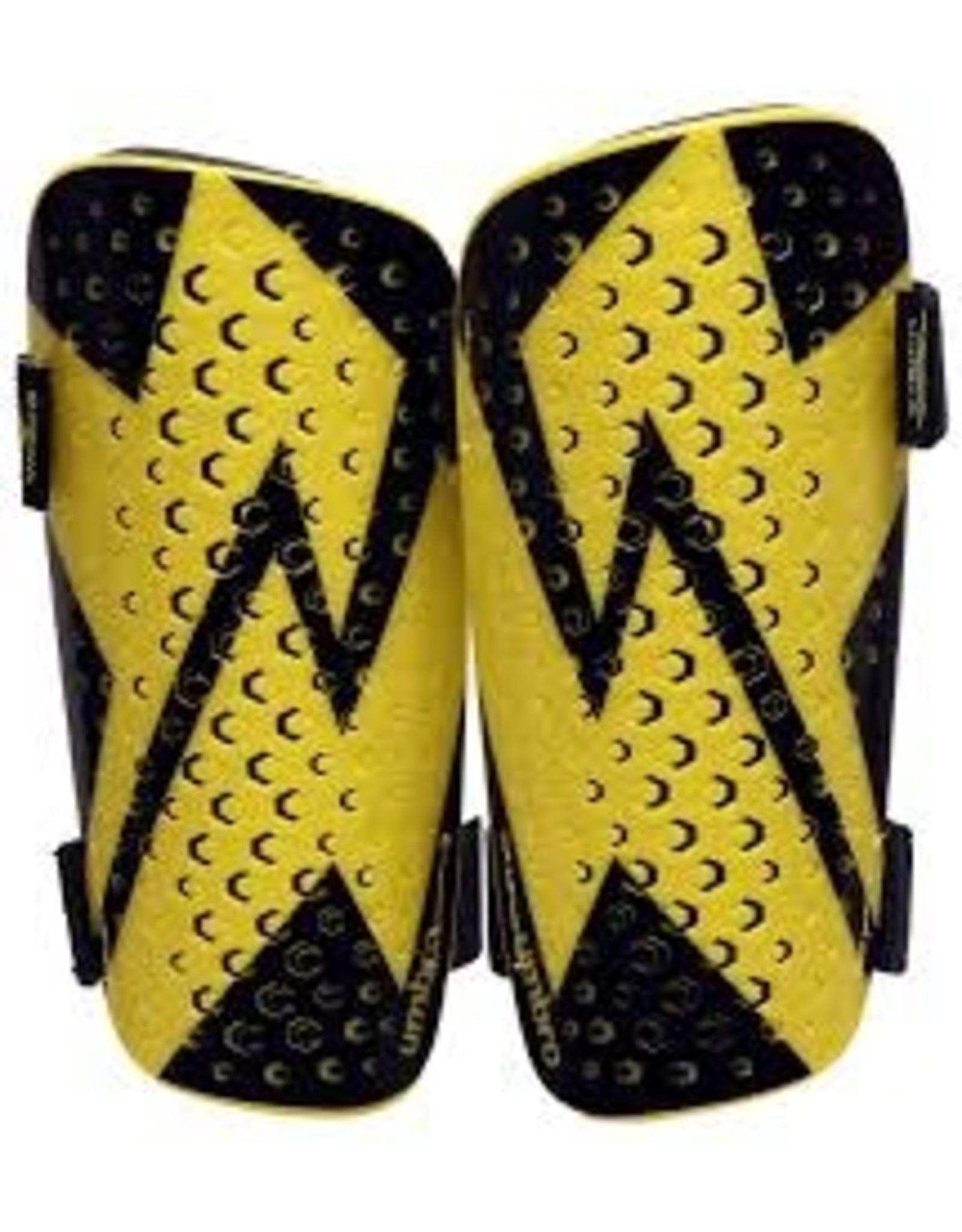 Umbro Umbro Neo Vento Slip Shin Guard (Golden Kiwi/Black)