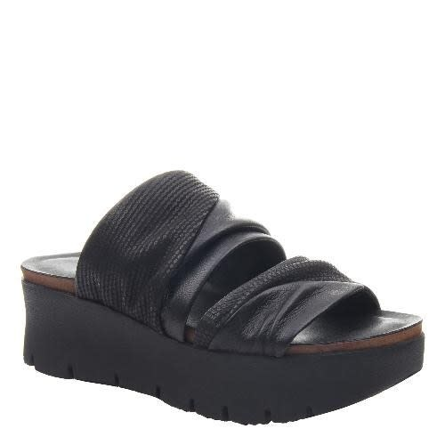 Consolidated Shoe Co. Weekend sandal by OTBT