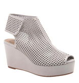 Consolidated Shoe Co. Flavor platform heel