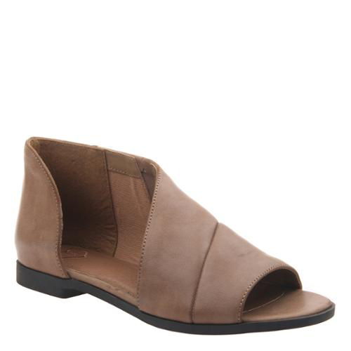 Consolidated Shoe Co. Reveal sandal by Madeline