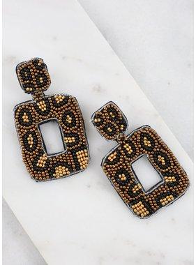 Caroline Hill Fierce leopard post earring