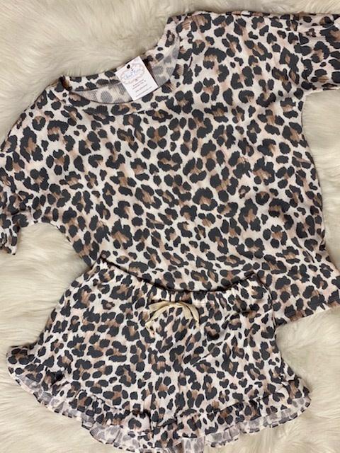 Wanna B Leopard Print Lounge Set