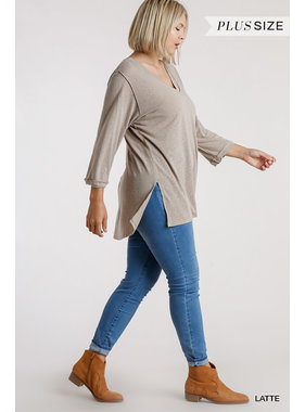 Umgee 3/4 sleeve raw edge detail top