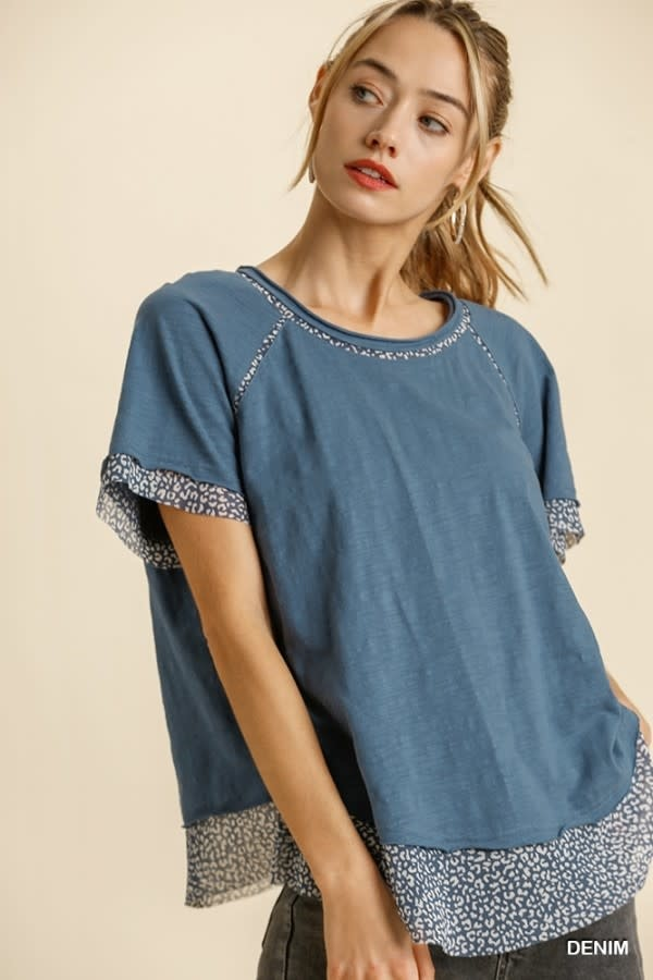 Umgee S/S Top with Raw Edged Hem Detail