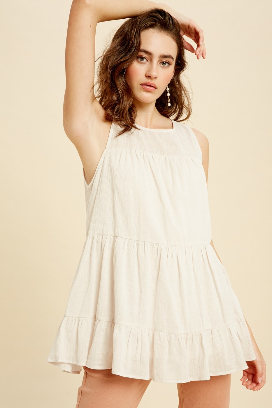 Listicle Linen Round Neck Top