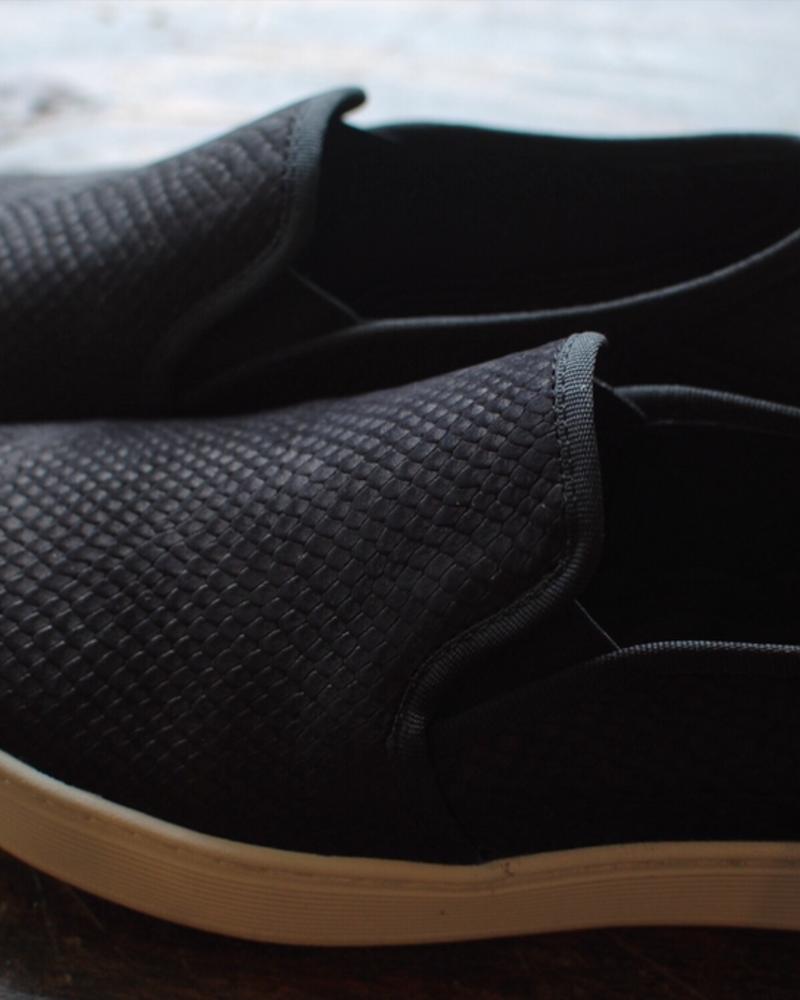 Sofft Somers Slip on Sneakers in Black