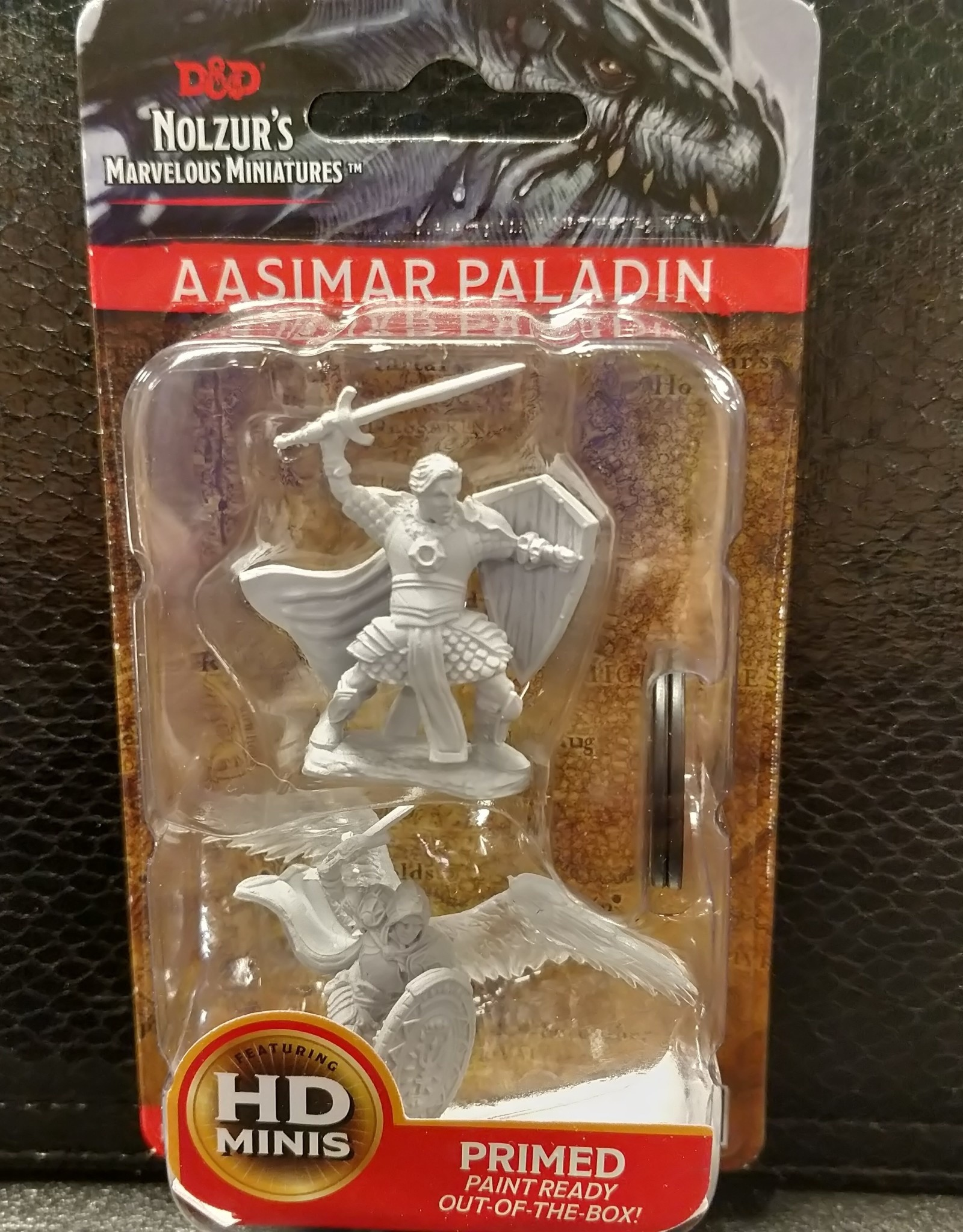 Dungeons & Dragons Nolzur's Marvelous Unpainted Miniatures: W5 Aasimar Male Paladin