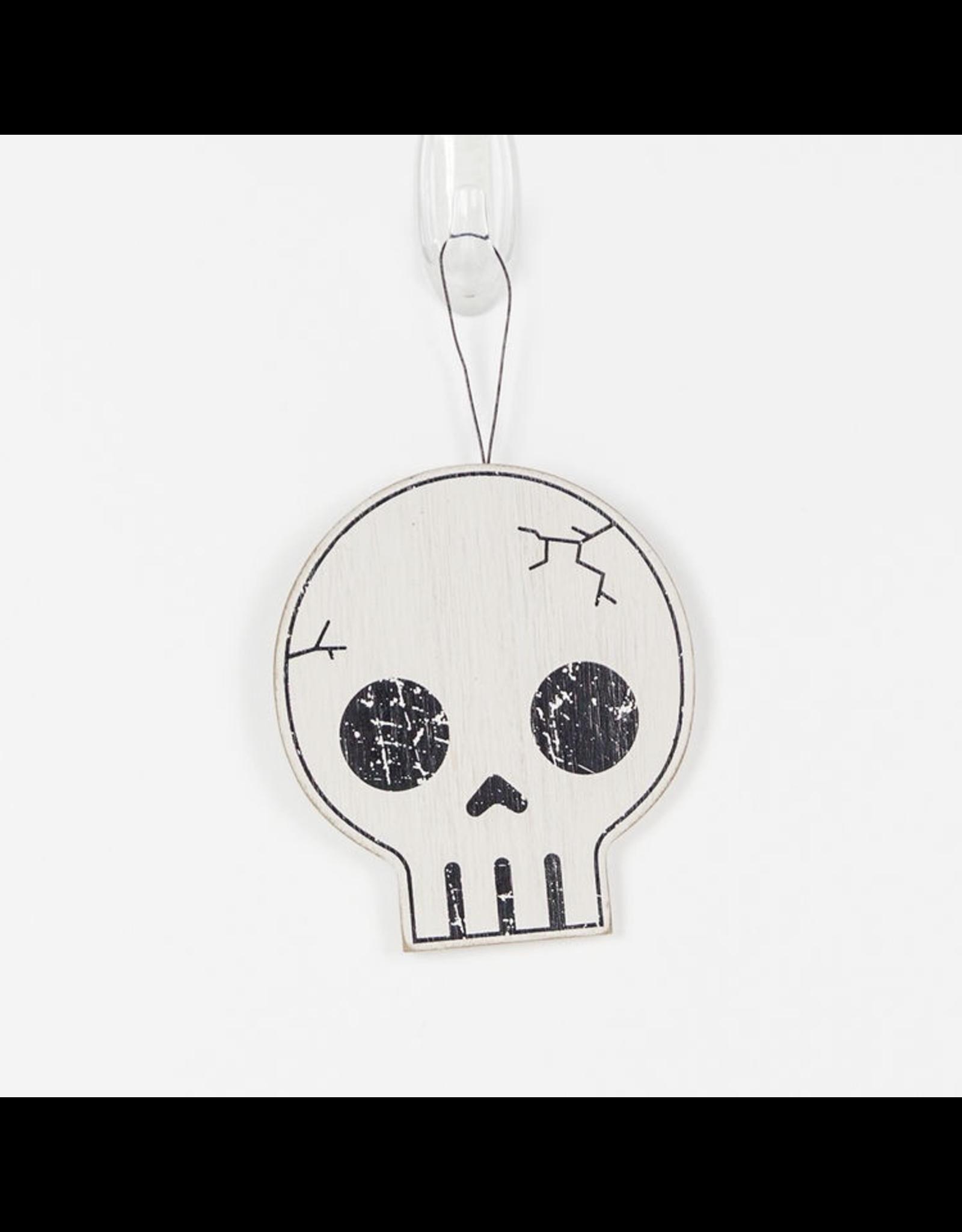 Adams & Co. Wood Ornaments (Skull), White/Black