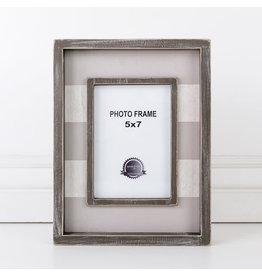 "Adams & Co. Wood Frame (Stripes), Gray/White (5"" X 7"")"