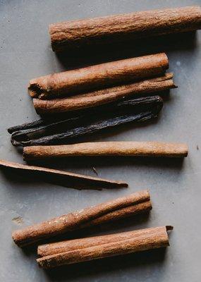 Zayat Aroma Essential Oil - Cinnamon