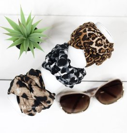 Wink Leopard Headband - Large Print