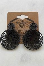 Wink Metal Crochet Circle Earrings