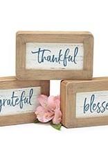 Wink Shelf Sitter - Grateful