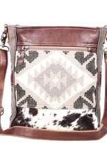 Wink Easy Breezy Shoulder Bag
