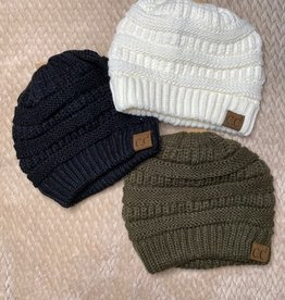 Wink Cable Knit Beanie