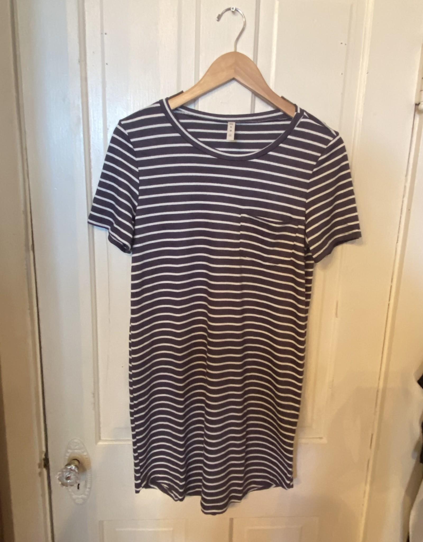 Wink Stripe Short Sleeve Tee Dress
