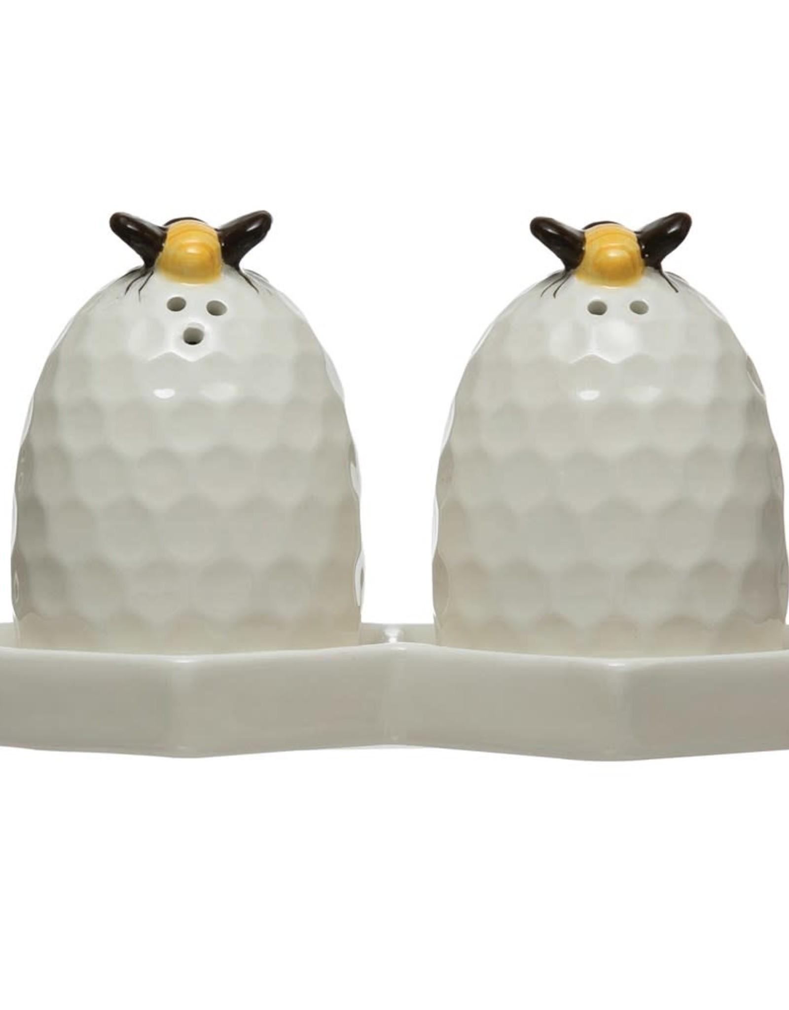 Wink Honeycomb Salt and Pepper Shaker Set