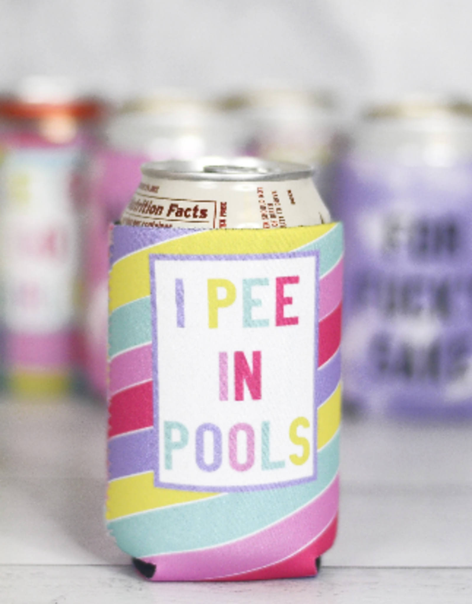 Wink I Pee in Pools Can Cooler