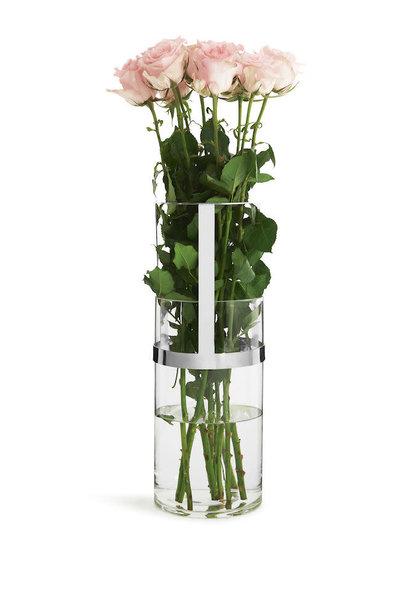 silver hold vase medium