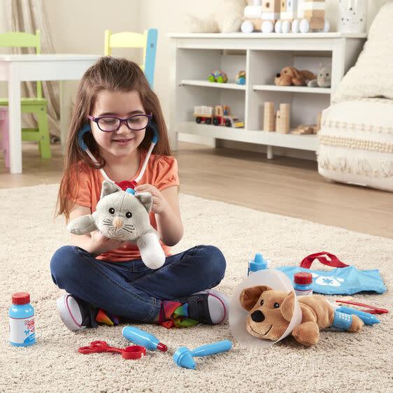 examine + treat pet vet play set-4