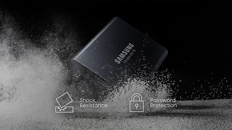 Samsung External SSD: Samsung T5, 1TB Portable Solid State Drive, USB 3.1, 3 year Mfg. Warranty