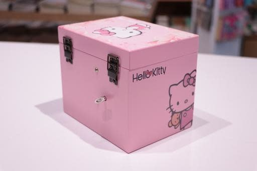 Hello Kitty Closet Two Drawer Jewellery Box
