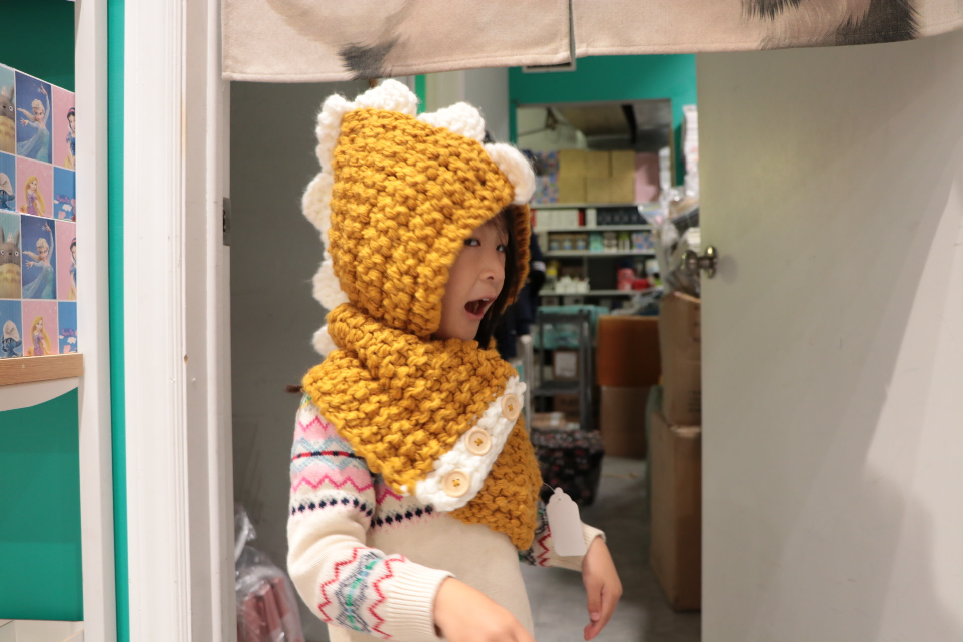 Dinosuar Hat with Scarf Yellow