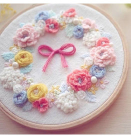 636819777 Pink Wreath Embroidery