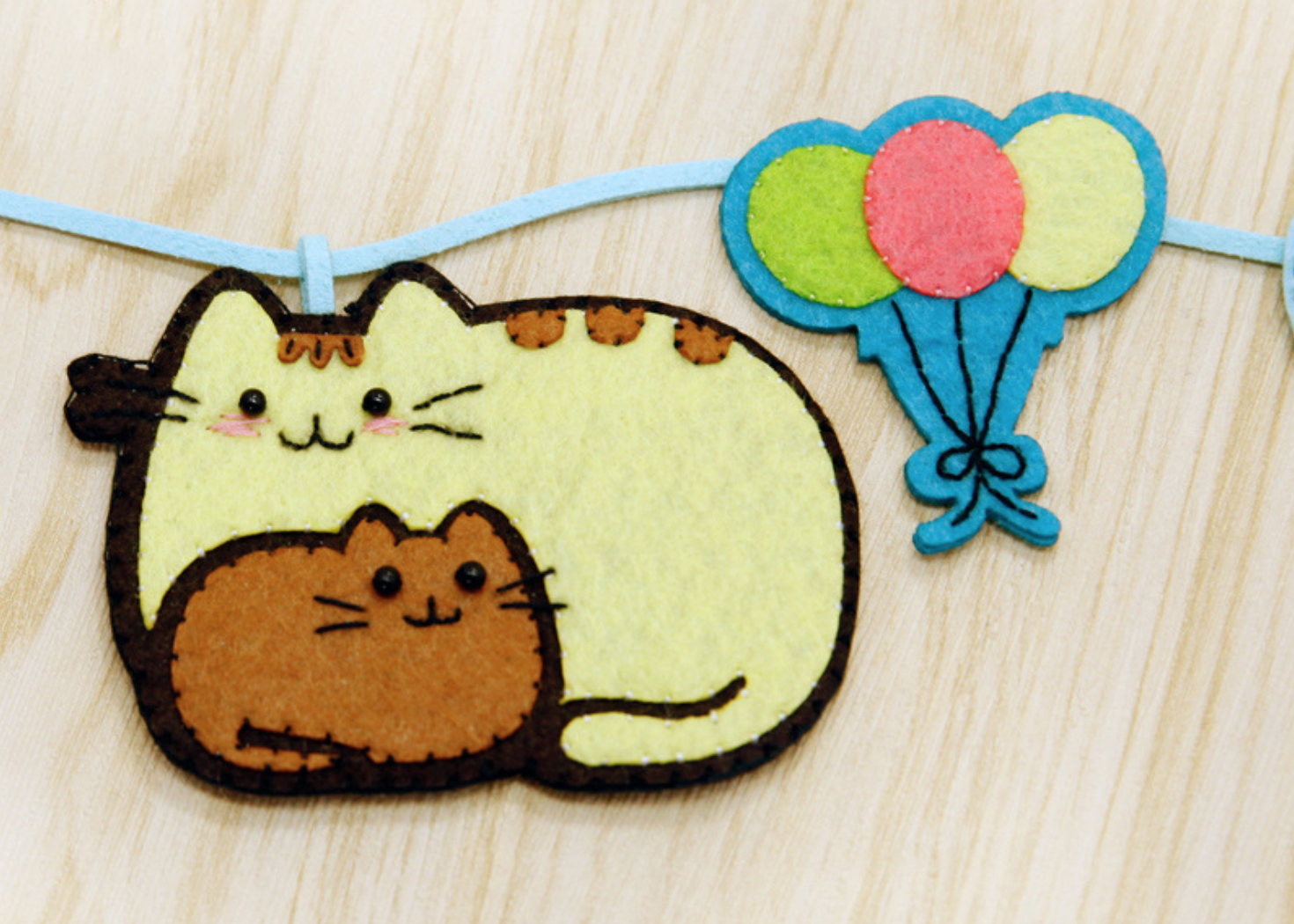 DIY Pusheen String