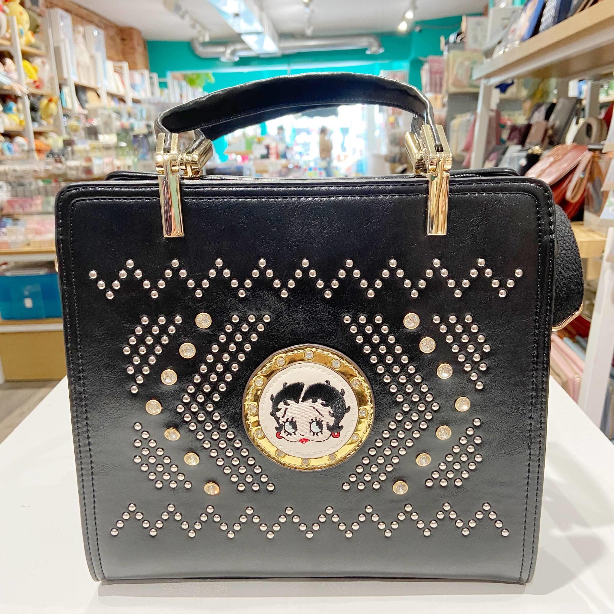 A101120-42 Betty Boop Purse