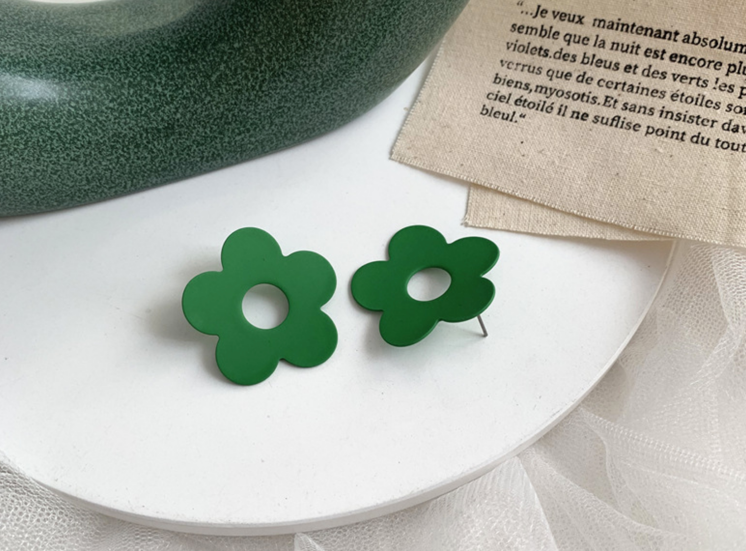 Green Hole Daisy Earring