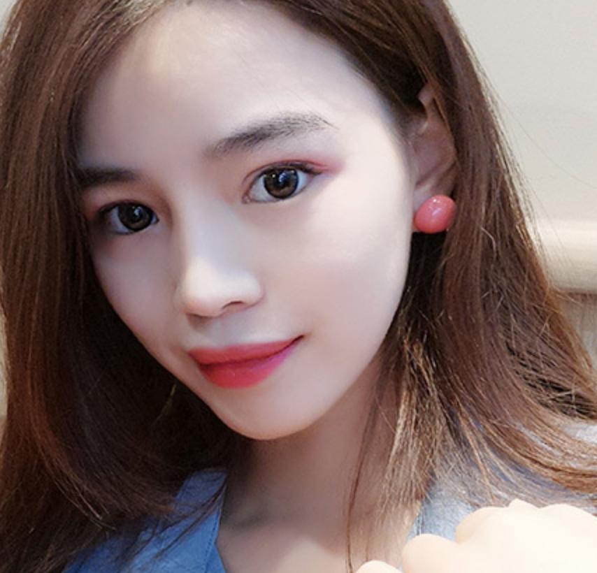 Pink Dot Earring