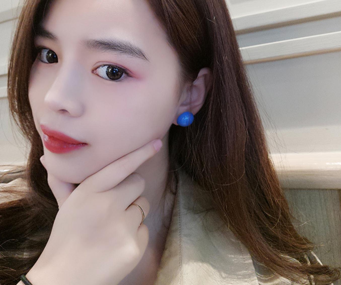 Shiny Blue Dot Earring