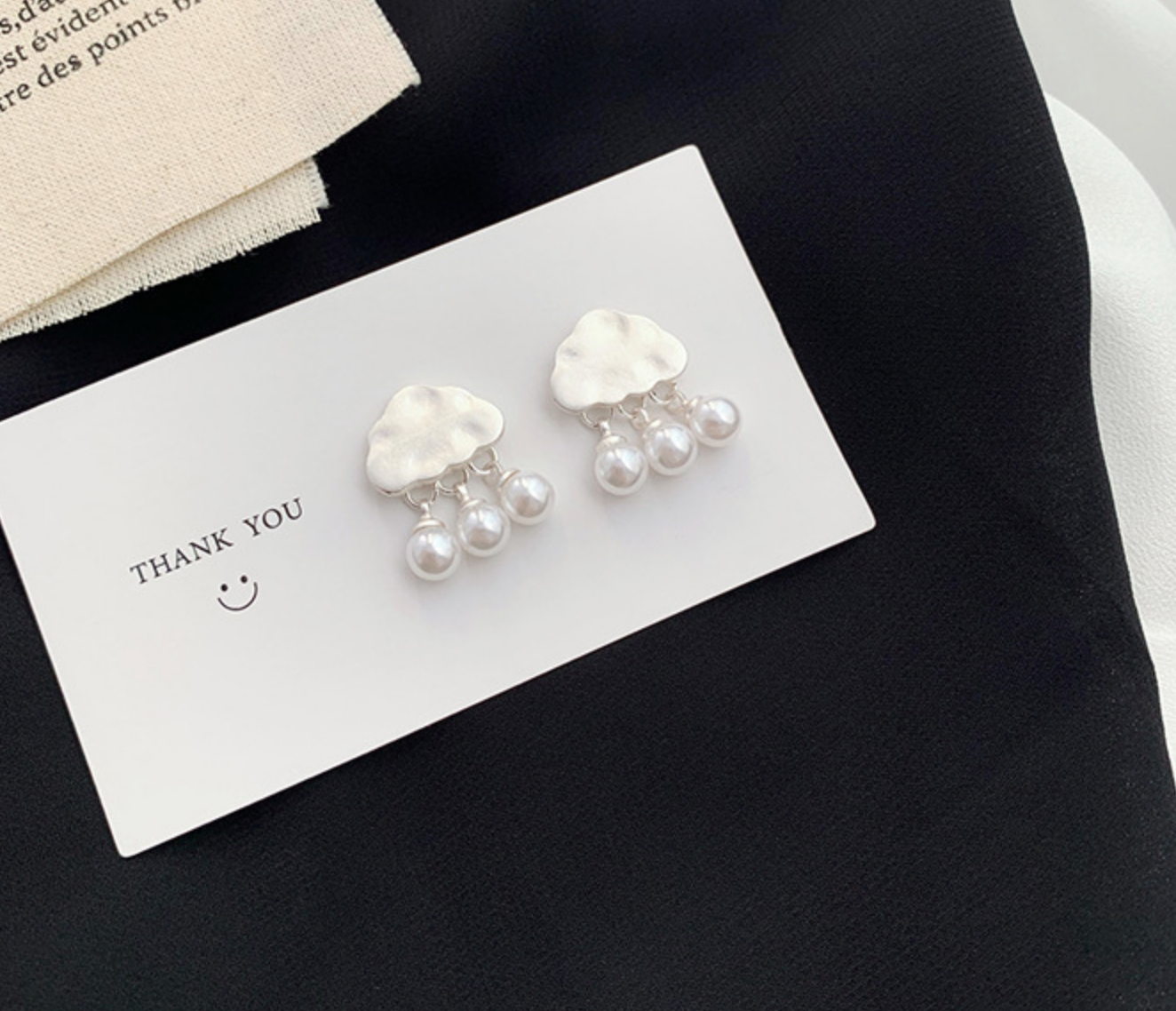 Cloud and Pearls Silver Earring