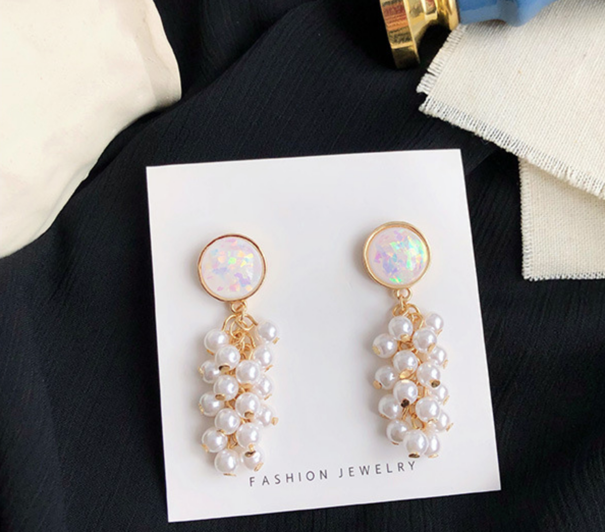 Pearl and Shell Earring