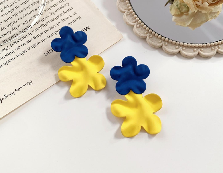 Blue/Yellow Flower Petal Earring